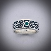 Triple Emerald Trinity Band Ring!